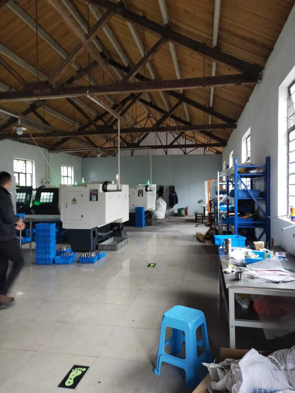 漕泾镇104板块350平方小厂房出租,丙类消防