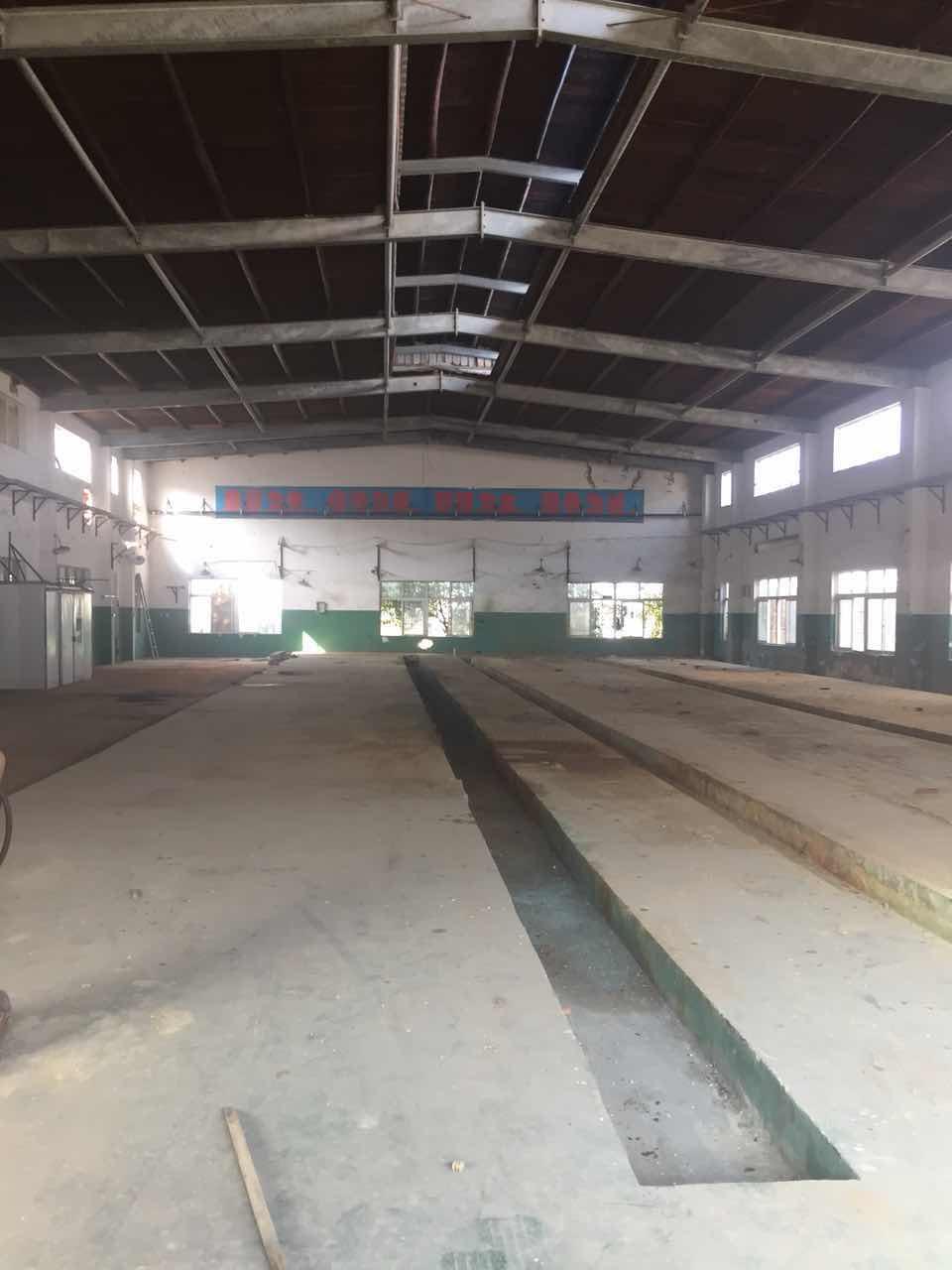 吕巷S19高速出口附近0.7元单层厂房仓库出租