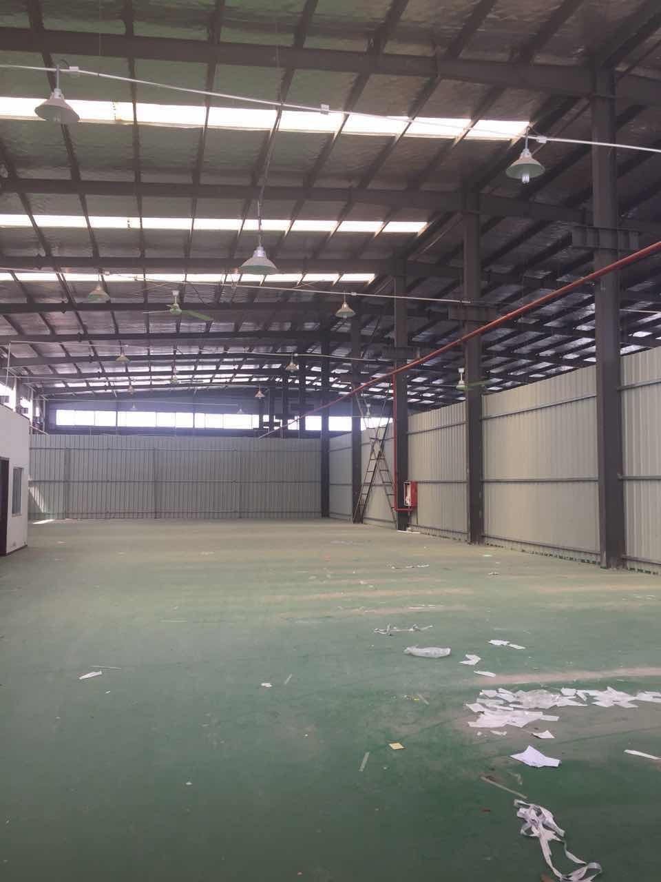 朱泾大房东1600平方厂房仓库出租,0.7元