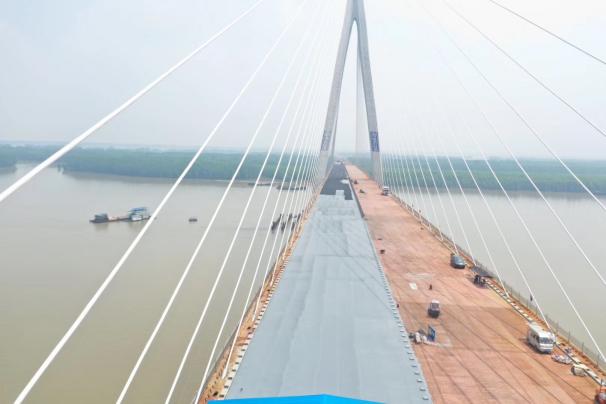 石首长江公路大桥