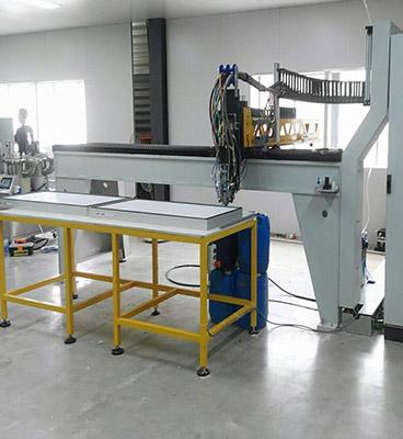 KL-CJ2300常量型悬臂式聚氨酯发泡点胶机
