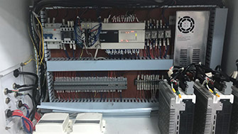 电控设计紧凑精致