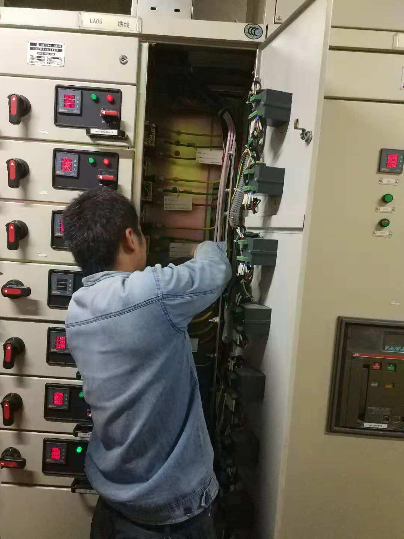 机电设施配电箱线路安装布设检查