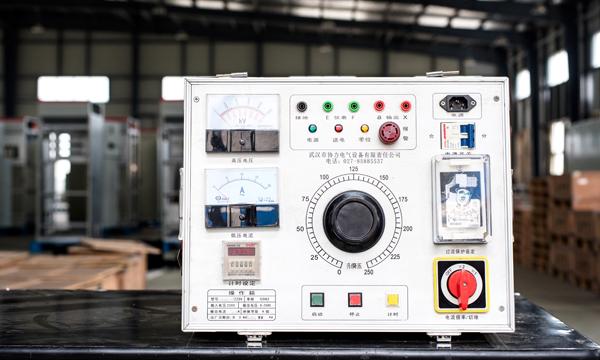 多功能电源测试箱