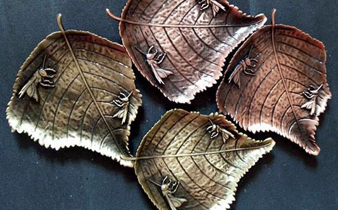 树叶蝗虫杯托