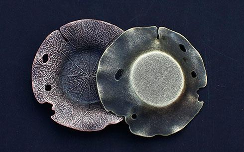金属杯托-荷叶