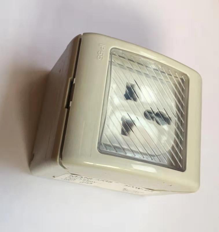 多功能插座MXW-DS