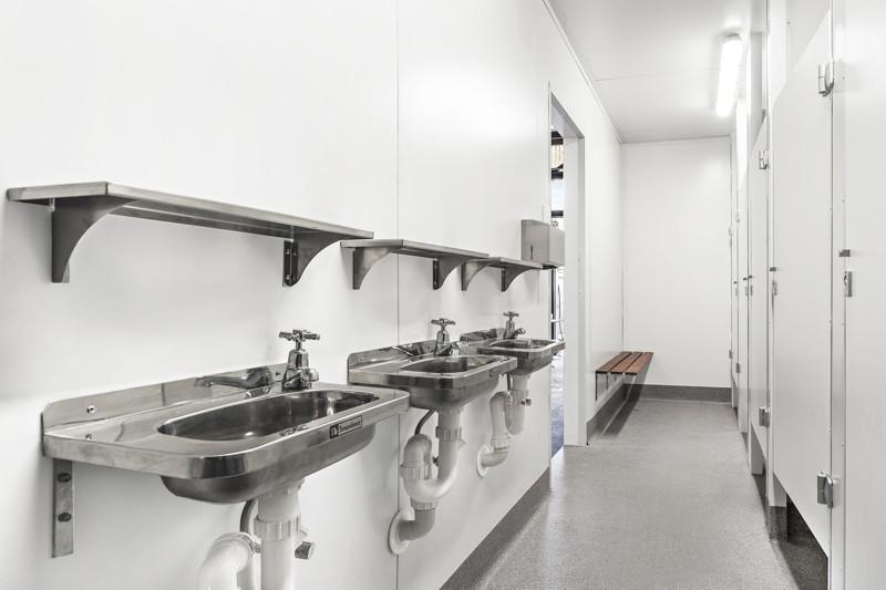 公共空间 I 集装箱卫生间