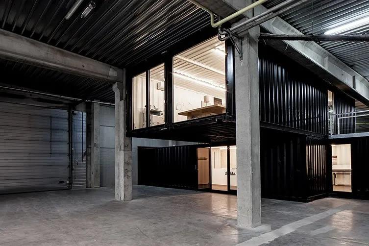 如何在工厂内打造高逼格办公空间?_上海集装客