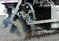 河南沥青同步碎石封层车,沥青洒布车厂家,强力清扫机,河南鼎诚公路养护设备有限公司