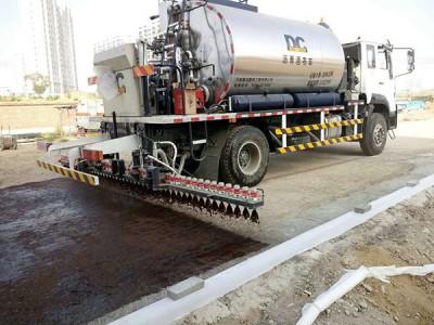 Sticky and translucent oil spray construction