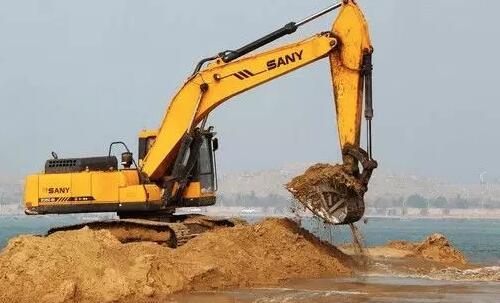 据说小型挖掘机用途广,你知道吗