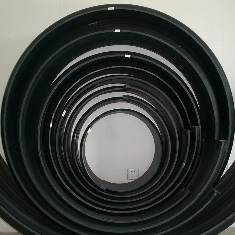 ③、埋地排水用钢带增强聚乙烯(PE)螺旋波纹管