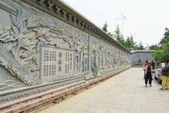 走近大众视野的校园文化浮雕墙