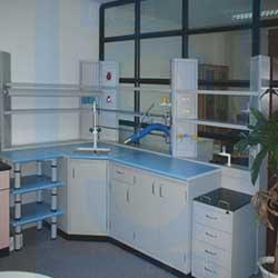 鋼製實驗邊台(含試劑架,水槽)