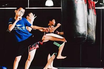 长春傲海体育分享孩子学武术的注意事项及较佳年龄