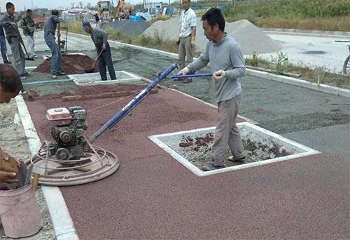 上海临港临港综合区丹漪路彩色路面