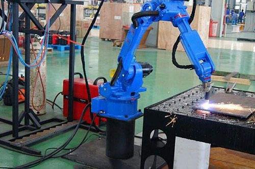 点焊焊接机器人