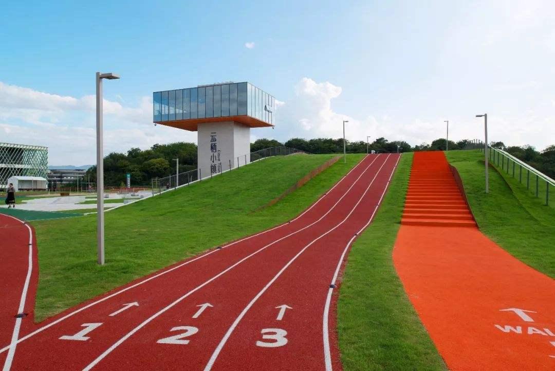 上海塑胶跑道厂家荣跃体育告诉您为什么要在塑胶跑道上跑步?