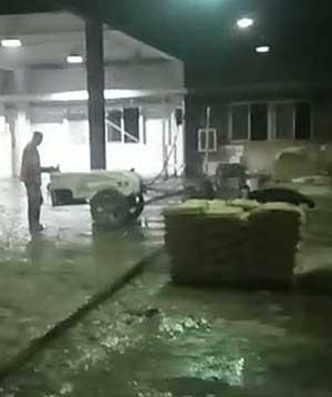 上海林肯电气连夜施工混凝土密封固化剂、环氧地坪