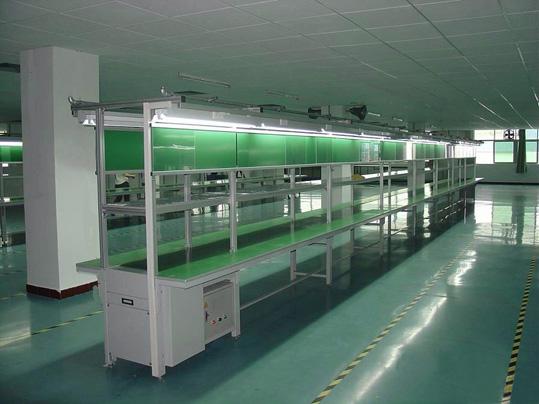 電子廠裝配流水線