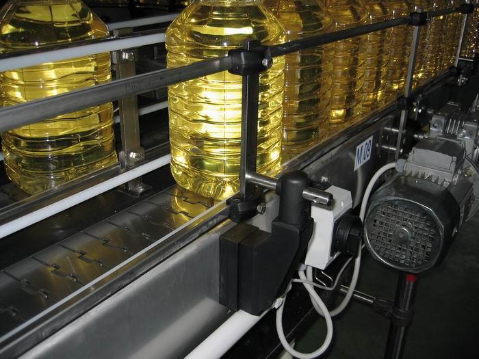 食用油生产线输送系统案例