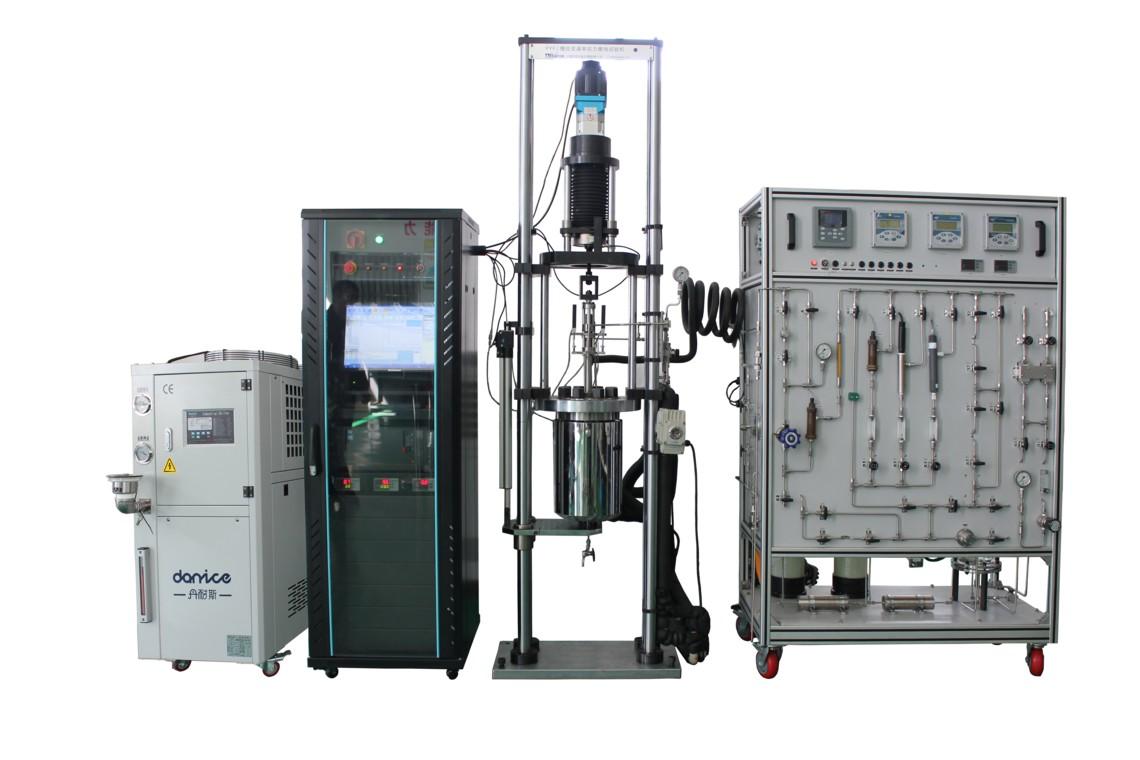 一款低温海水介质的YYF慢应变速率应力腐蚀试验机