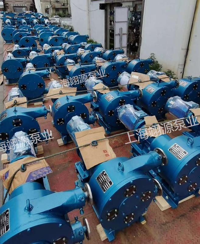 批量软管泵装车发货现场