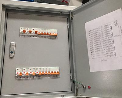 預防福建配電箱漏電的方法少不了這幾點