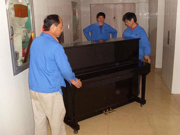 钢琴搬运流程