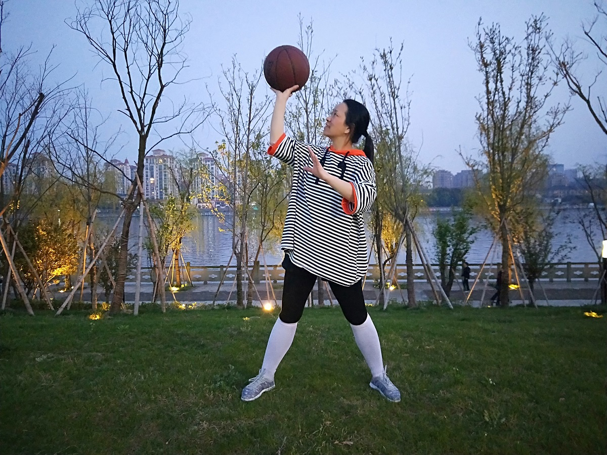 一起玩篮球!!!!