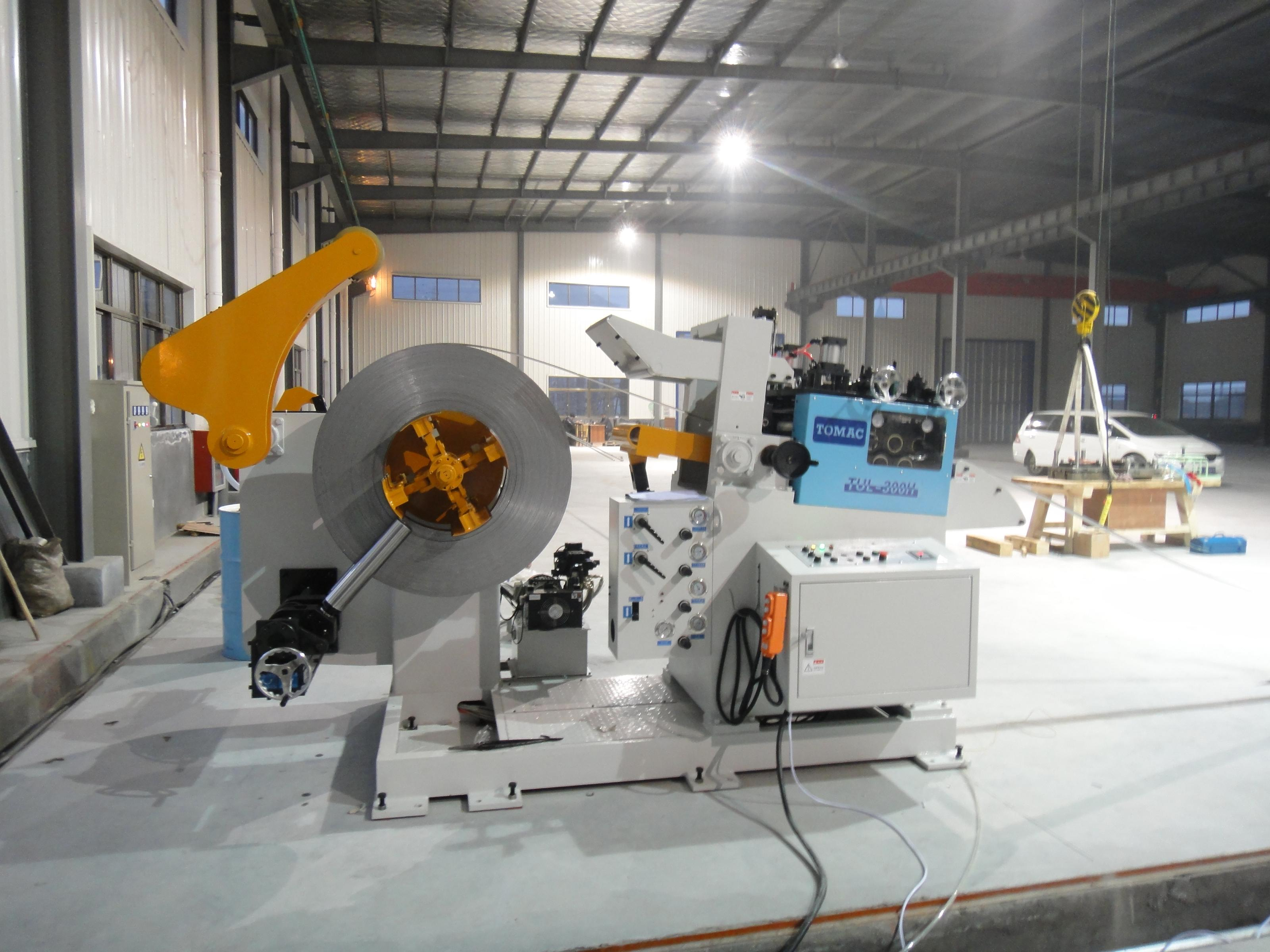 浙江客户工厂汽车部件加工生产线