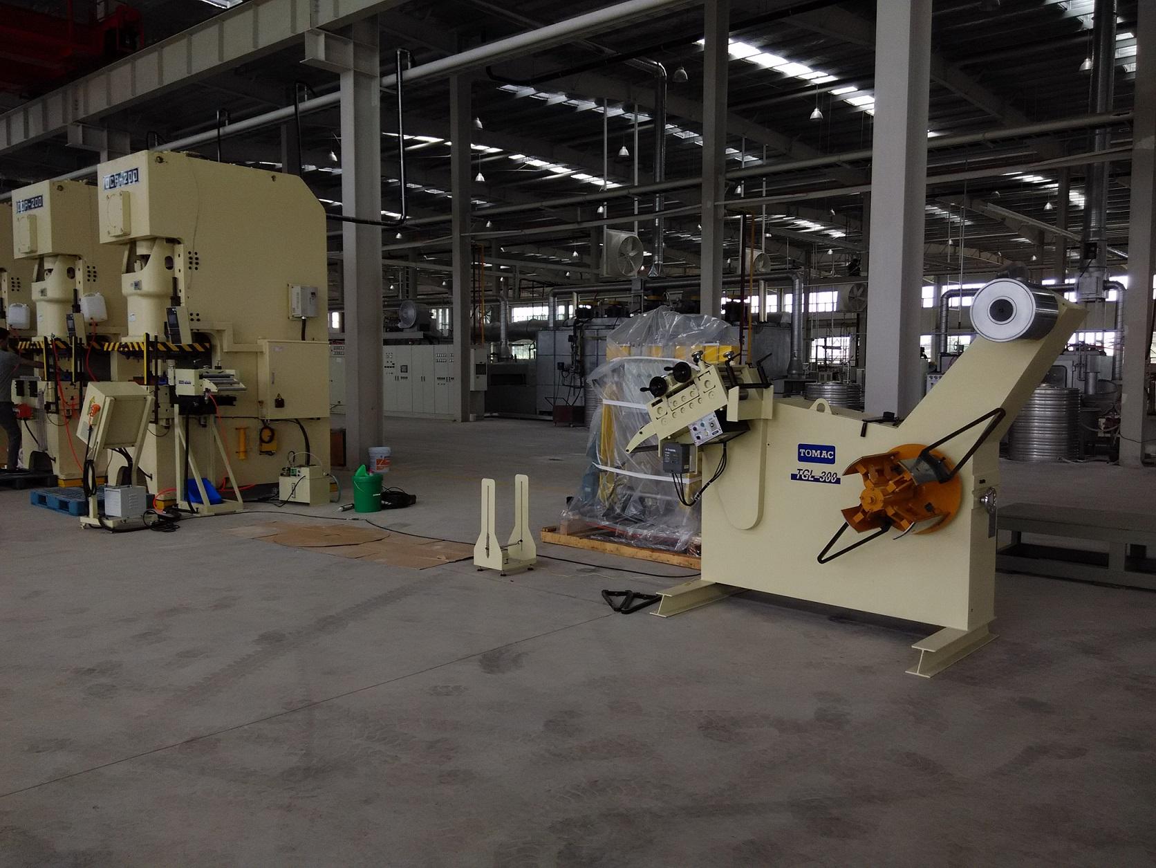 台湾客户在南京投资的工厂...
