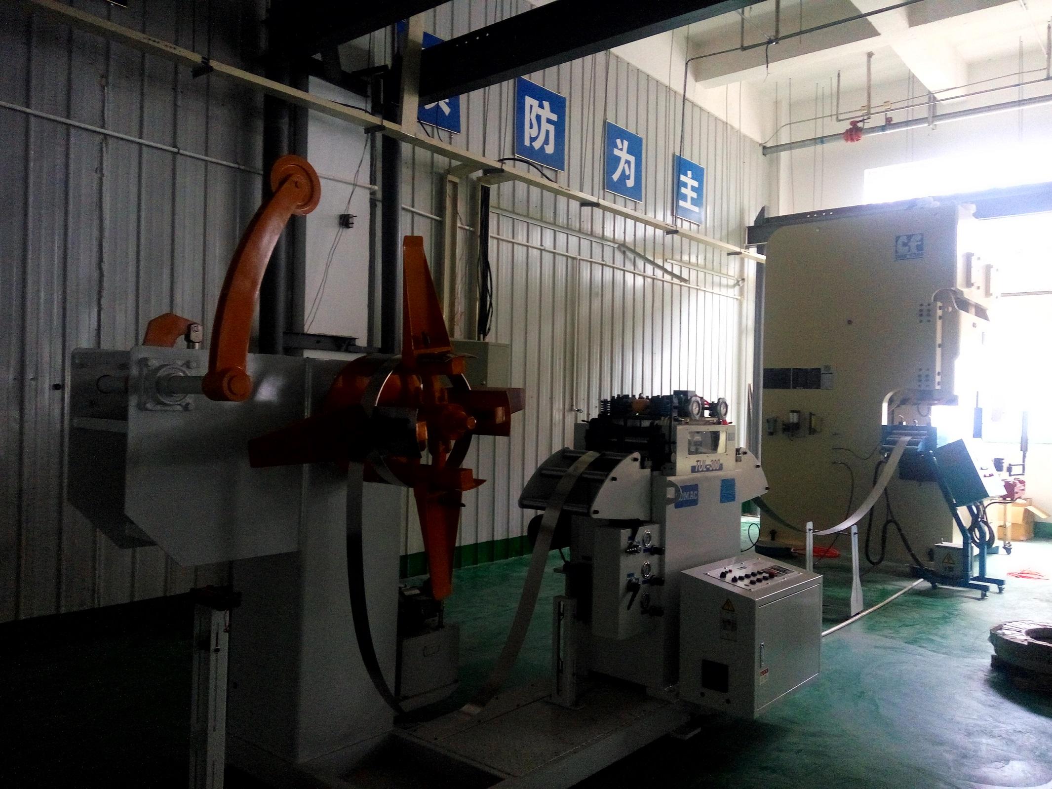 辽宁客户工厂汽车零件加工...