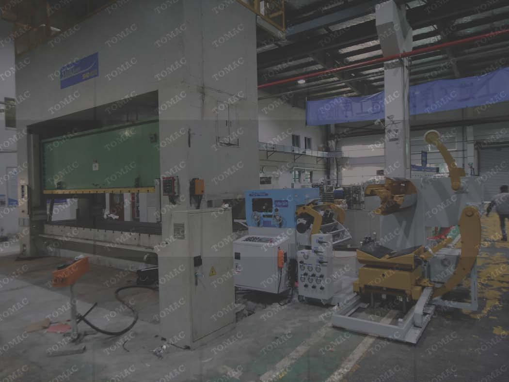 江苏客户工厂冲压加工生产线