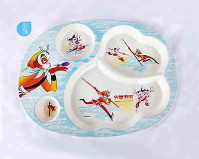 四格卵形分餐盤-7103