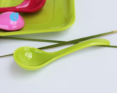 密胺內螺紋勺-9303