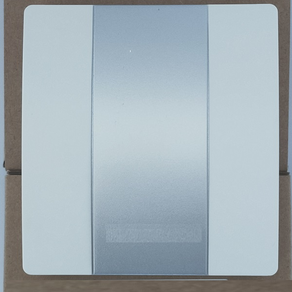 标准信号输出的单温度传感器与温湿度传感器上市