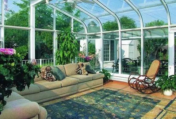 别墅阳光房对人体健康和生活中的作用