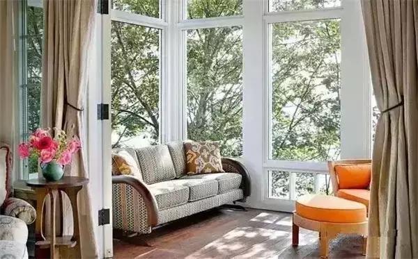 一分钟告诉你 房子装修为什么要铝合金封阳台?