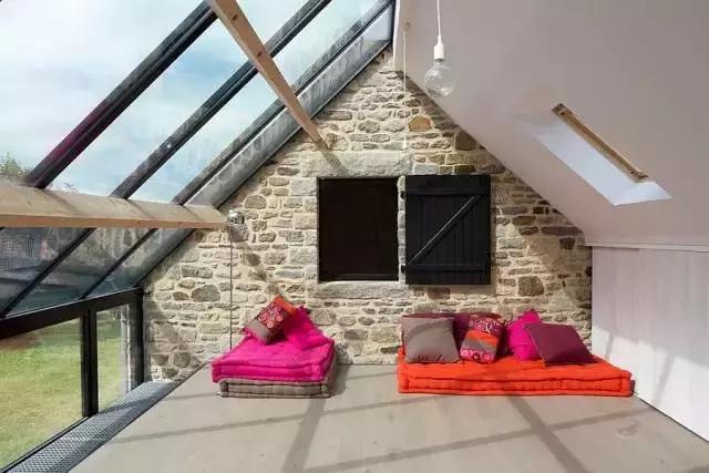 从5个方面选购铝合金门窗封阳台窗!