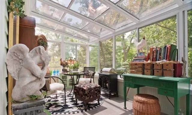如何利用6㎡的阳台窗打造独一无二阳台阳光房定制?