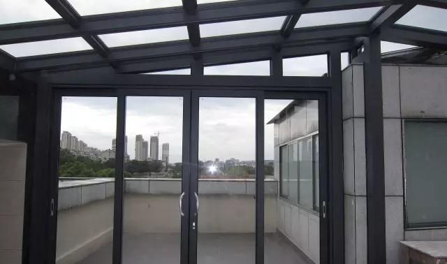 上海别墅阳光房,怎样搭建一个适合自己的阳光房?
