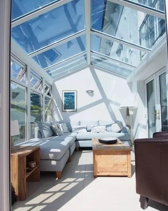 家居封阳台窗已成为居家的选择
