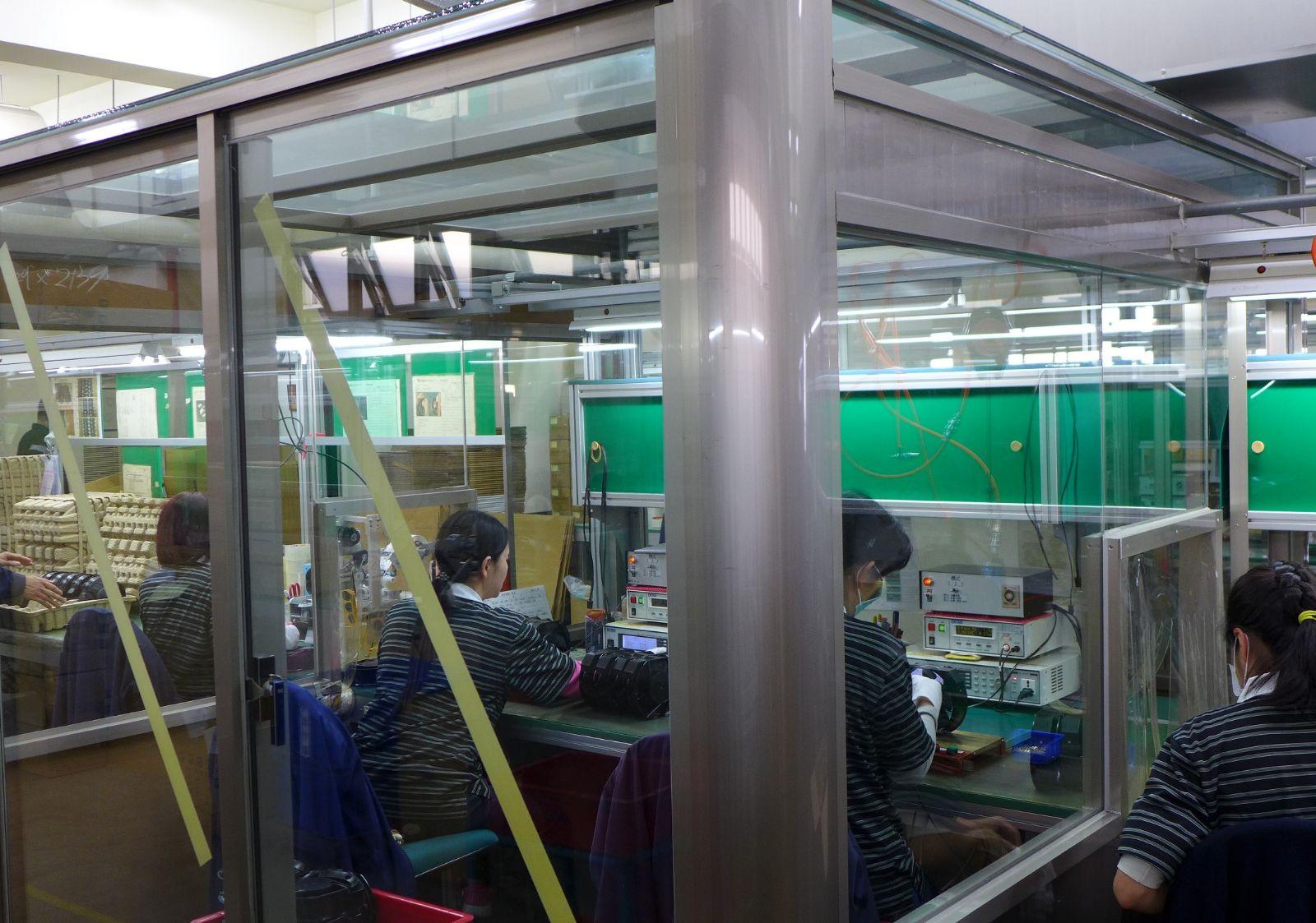 交流散热风扇 设在生产线 隔音测试间