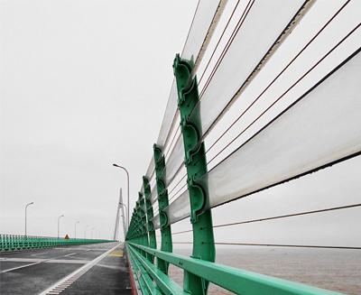 杭州湾跨海大桥风障条应用案例