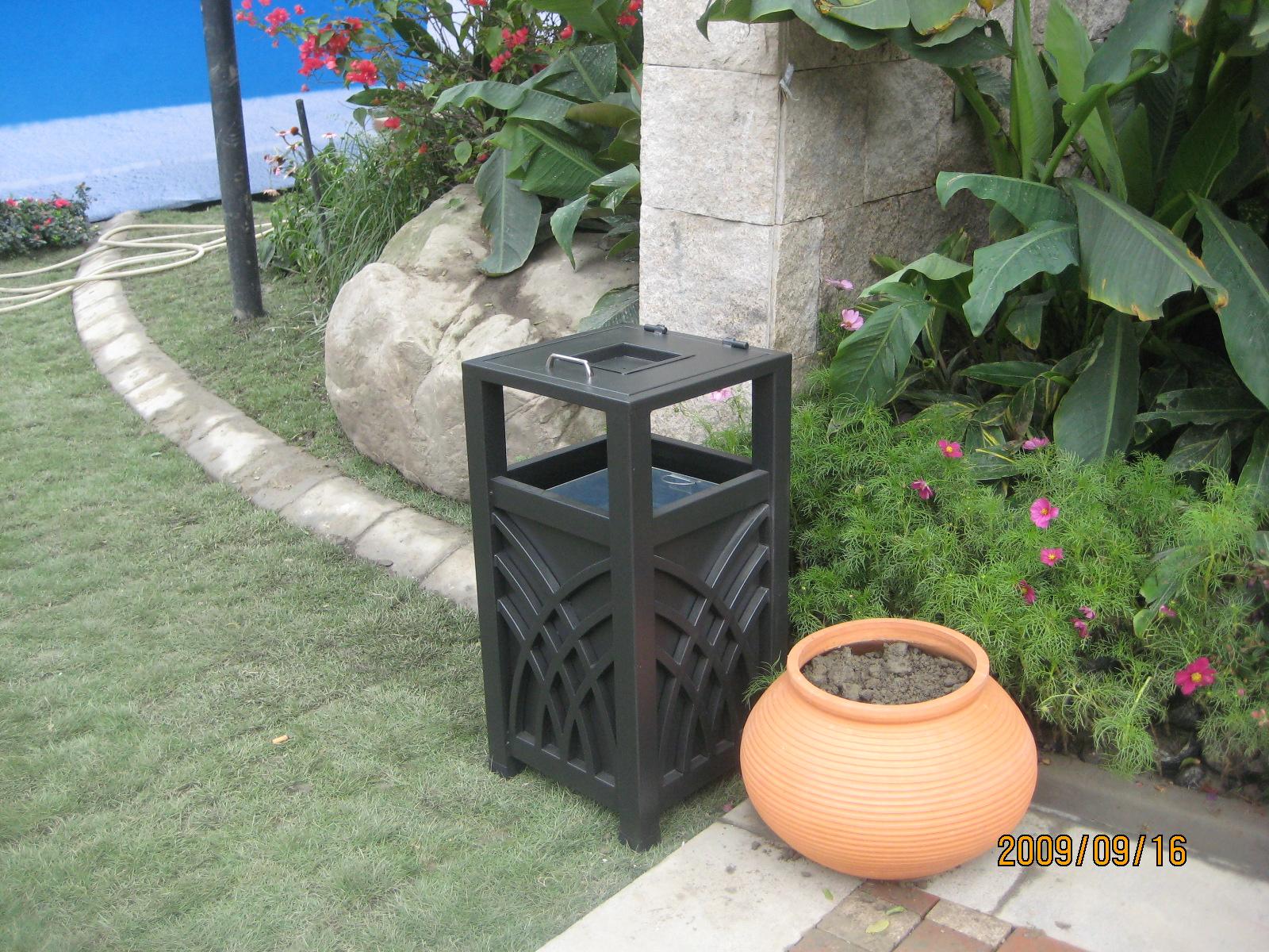 单桶垃圾桶XB1-066