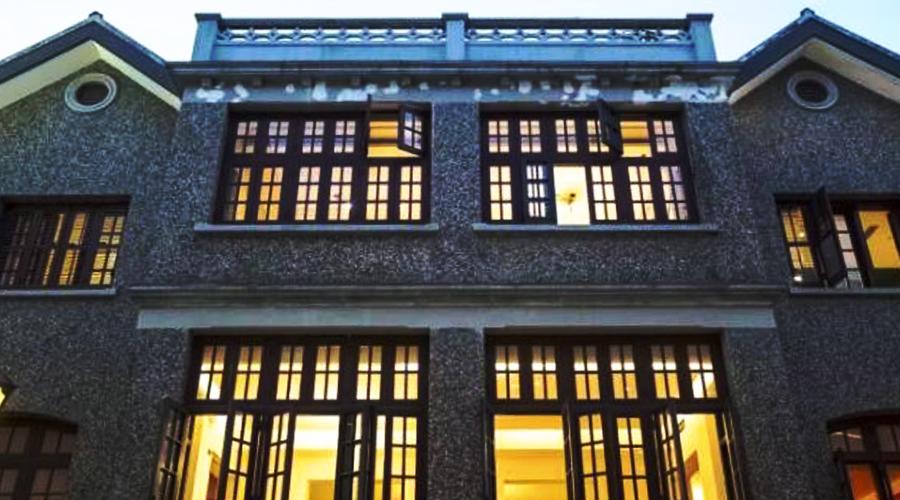 一栋百年建筑书店的现代面貌:有书、有颜、有智!