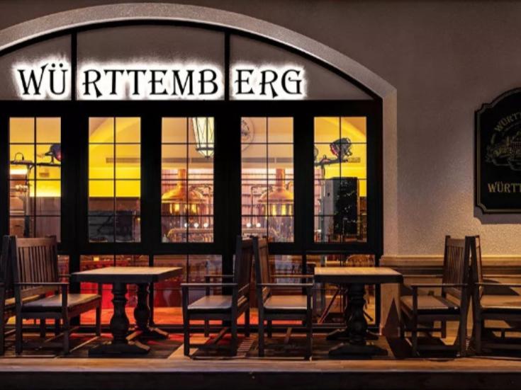 符腾堡精酿德国餐厅 | 灯控加持下的德系餐厅让人禁不住直呼『真香』!