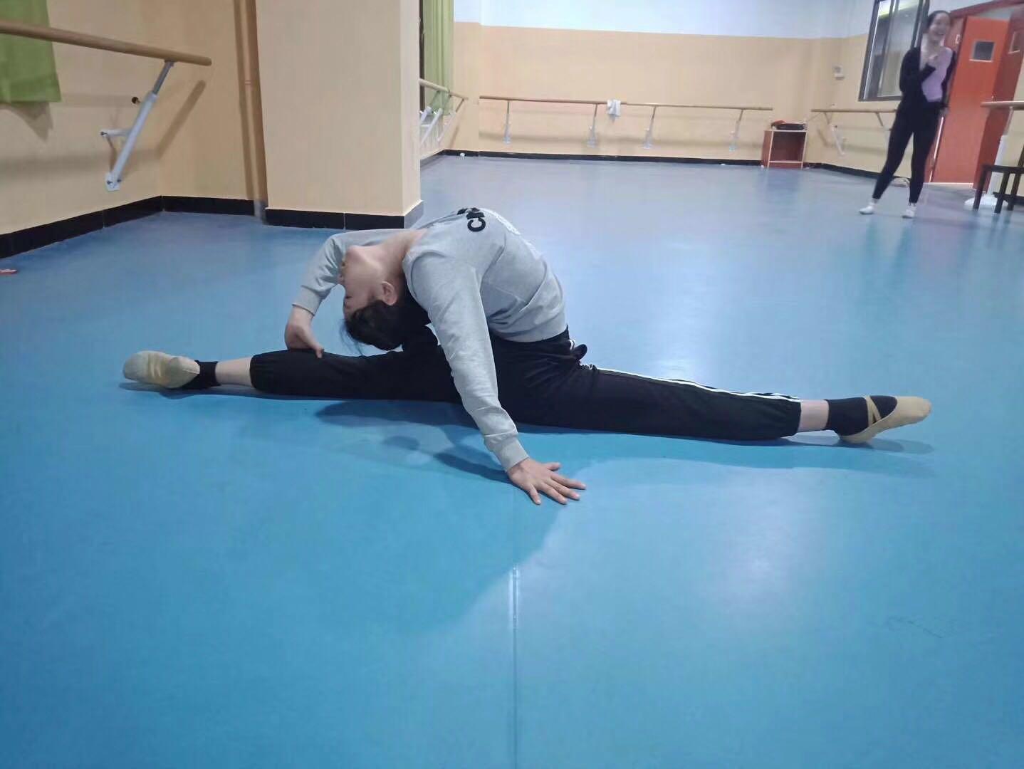 舞蹈生的日常